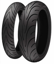 Мотошина Michelin Pilot Road 2 R17 120/70 58 W TL Передняя (Front)